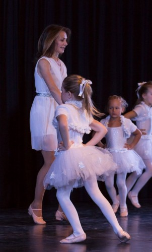 Dancing World Spotlight Christmas Show 2015 –  (19)